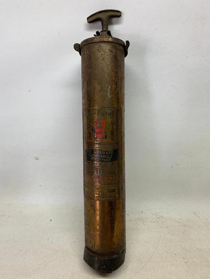 """Vintage """"Fyr-Fyter Super Model"""" Brass Fire Extinguisher W/Wall Bracket"""