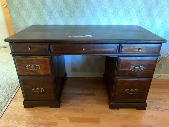 Pine Knee-Hole Desk