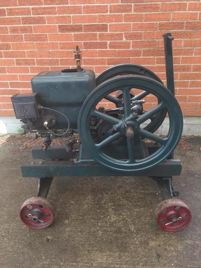 Antique 2.5 HP Hit-Miss Engine