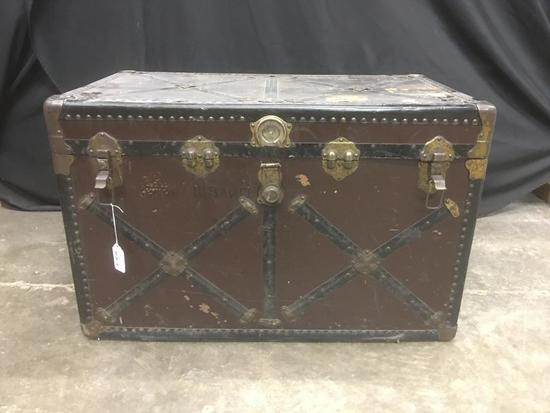Steamer Trunk with no Inserts
