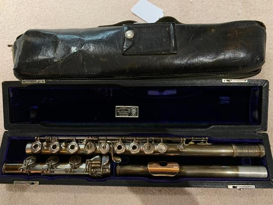Vintage Haynes Flute In Case W/Leather Carrier