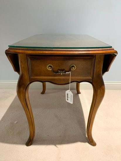 Ethan Allen French Country Drop Leaf End Table W/1 Drawer & Plate Glass Protector