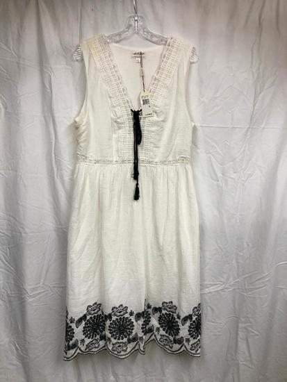 Misses Dress W/Embroidery