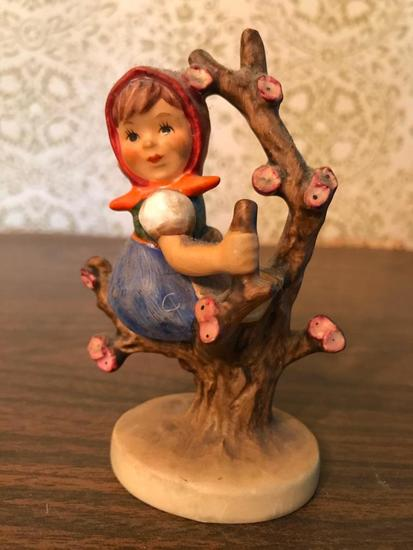 "Hummel Figurine: ""Apple Tree Girl"""