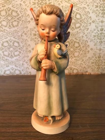 "Hummel Figurine: ""Festival Harmony"""