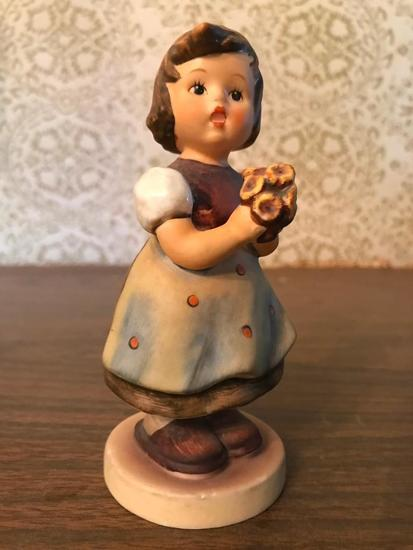 "Hummel Figurine: ""For Mother"""