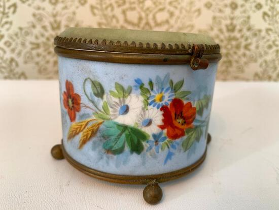 Vintage Hand Painted Porcelain Jewelry Box W/Lidded Glass Top