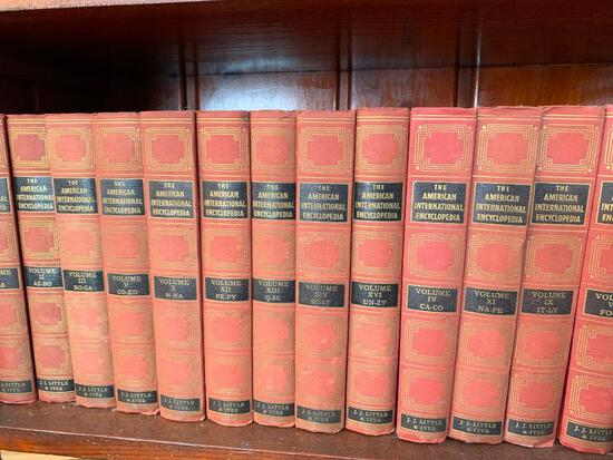 "(14) Volumes ""The American International Encyclopedia"""