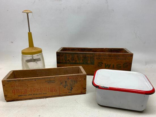 Vintage Items From The Kitchen!