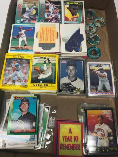 Group Of 500 +/- Baseball & Football Cards