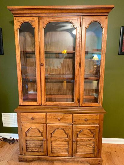 Oak Single Door China Cabinet (Matches Table In Lot #1)