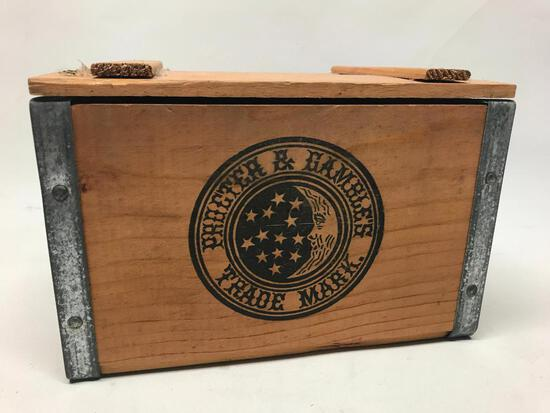 """Wooden """"P & G"""" Lidded Box"""