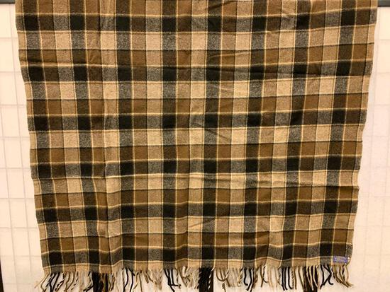 Pendleton Plaid Throw 100% Virgin Wool