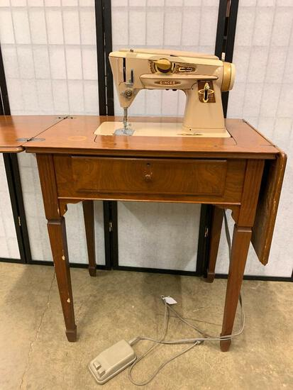 Singer Sewing Machine Model 500A In Cabinet