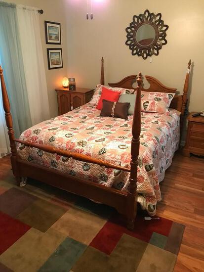 Bassett Furniture Oak 4-Poster Bed W/Broken Arch Headboard