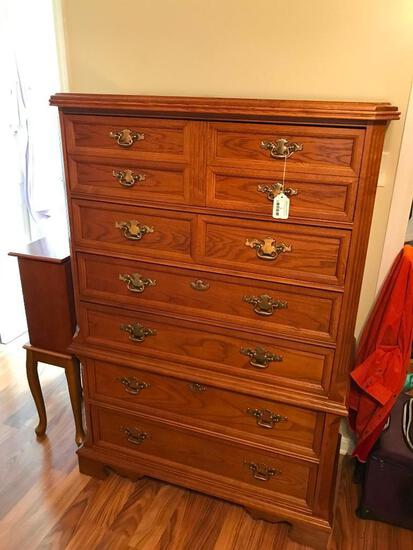 Bassett Furniture Oak 6-Drawer Chest !NICE!