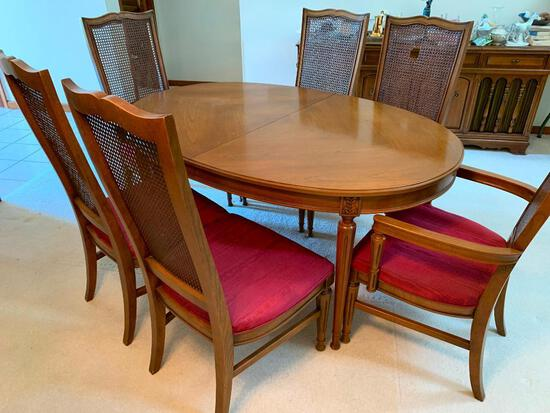 Vintage 1960's Mount Airy Oval Dining Room Table W/(3) Leaves & (6) Matching Chairs