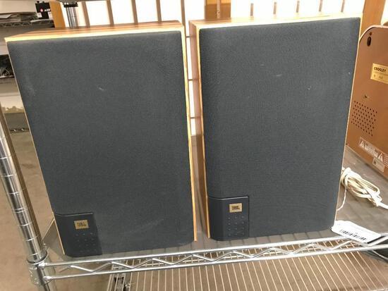 Pair of JBL J2050 Bookshelf Speakers