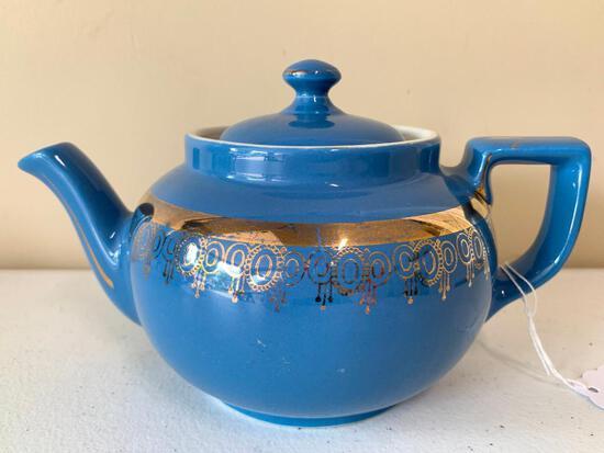 "Vintage Hall China ""Boston"" Teapot W/Gold Trim"