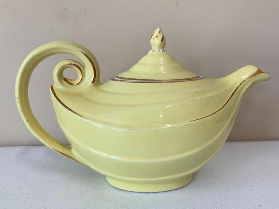Vintage Hall China Aladdin Shaped Yellow Teapot W/Gold Trim
