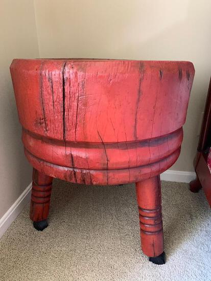 Antique Round 3-Leg Butcher Block