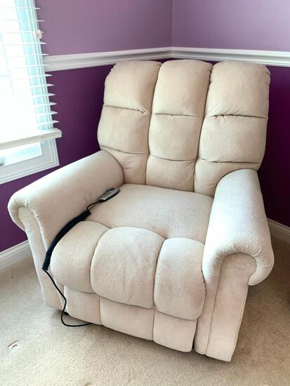 Lane Lift Recliner