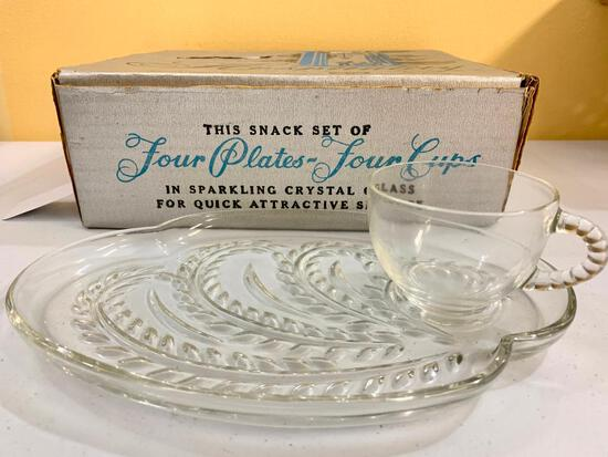 Mid-Century (8) Pc. Glass Snack Set In Original Box Made By Federal Glass Company