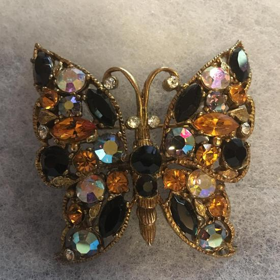 Butterfly Pin W/Multi-Colored Rhinestones