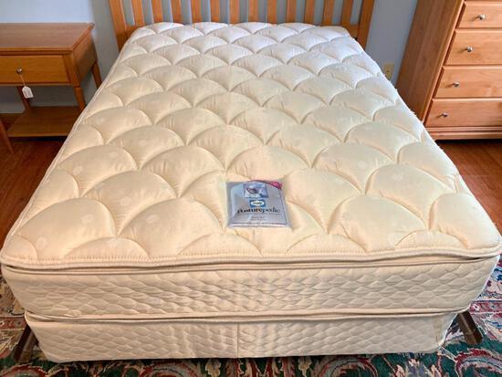 Full Size Seally Posturepedic Holloway Plush Pillowtop Mattress and Box Spring