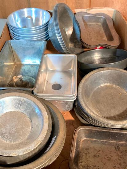 Group of Miniature/Toy Pie and Cake Pans