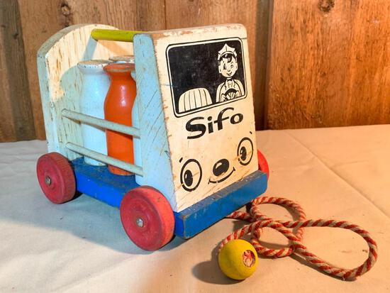 """Sifo, Wood, Vintage Milk Truck Pull Along Toy, 6.5"""" Tall"""