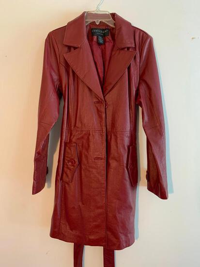 Cenegrade Leather, Ladies Coat, Size Medium, Maroon