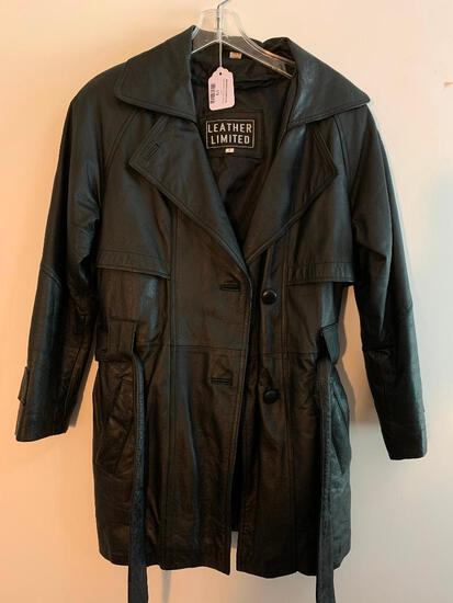 Limited Leather, Ladies Coat, Size Small