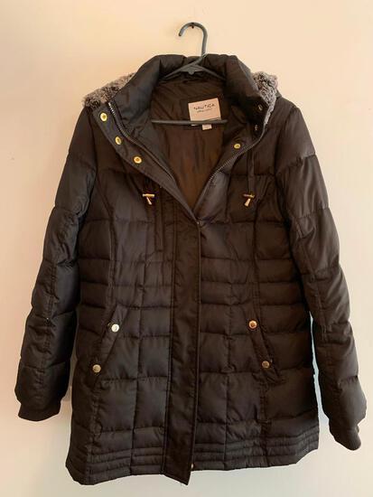 Nautica, Size LP, Puffer style Coat