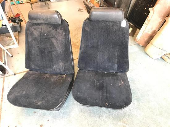1970-72 Used Chevelle Bucket Seats
