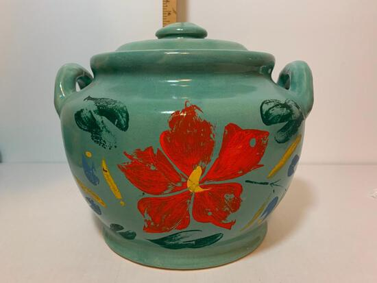 """Made in USA Pottery Cookie Jar. This Item is 7.25"""" Tall"""