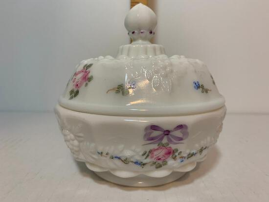 """West Morland Decorative Covered Dish 5"""" Tall x 4.5"""" Diameter"""
