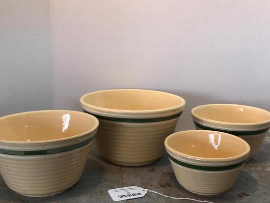 Set of 4 Watt, Stacking Mixing Bowls