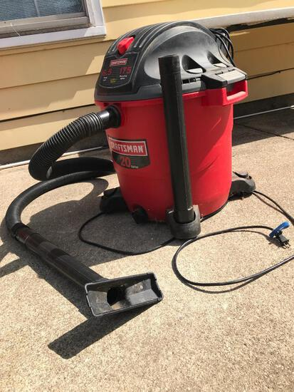 Craftsman 20 Gal 6.5 HP ShopVac. This Item has been Plugged in and is in Working Condition