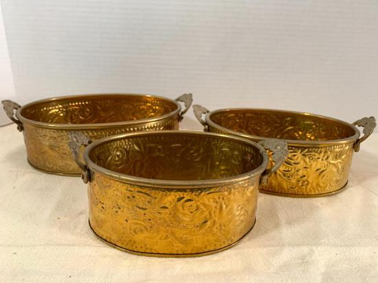 """Set of 3 Copper Nesting Bowls Made in India. The Largest is 7"""" Wide - As Pictured"""