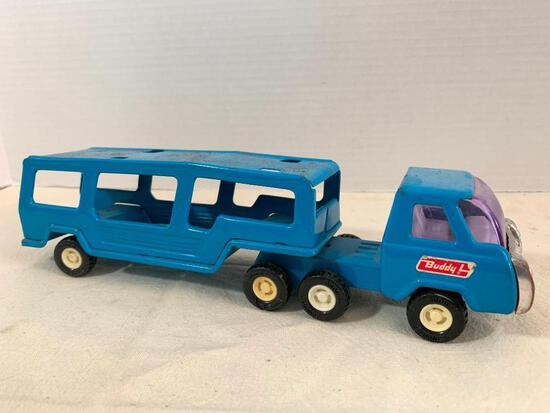 """Vintage Metal Toy Buddy Tow Truck. This is 10"""" Long - As Pictured"""