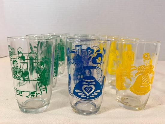 """Small Lot of Juice Glasses. They are 3.75"""" Tall - As Pictured"""
