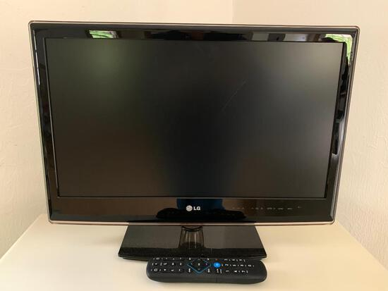 """24"""" LG TV with Remote and in Working Condition - As Pictured"""