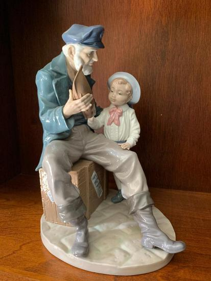 """Lladro """"A Tall Yarin"""" with Original Box. This is 11"""" Tall"""
