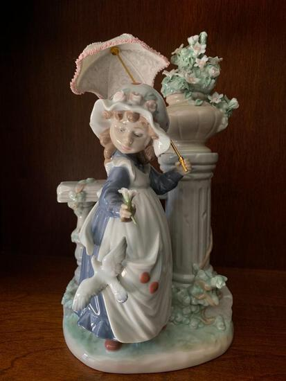 """Lladro """"Glorious Spring"""" with Original Box. This is 11"""" Tall"""