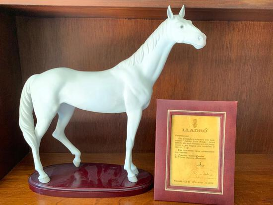 """Lladro """"Thoroughbred Horse"""" No Box Included. This is 15"""" Tall. Includes Framed Certificate"""
