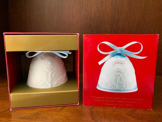 """Lladro """"2000 Christmas Bell"""" with Original Box. This has Never Been Out of the Box"""