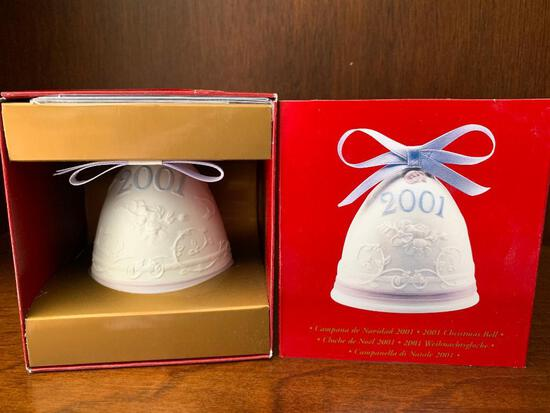 """Lladro """"2001 Christmas Bell"""" with Original Box. This has Never Been Out of the Box"""