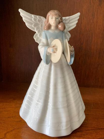 """Lladro """"Angelic Cymbalist"""" with Original Box. This is 7.5"""" Tall"""