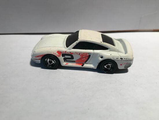 Hot Wheels 1987 Porsche White #2 High Bank Racing
